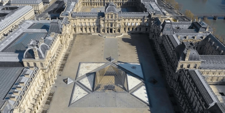 Шокирующе пустынные виды Парижа в дрон-видео